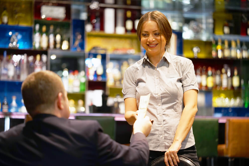 Tipping in Bars and Pubs